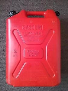Petrol Can 20 L, Good Condition Oakdowns Clarence Area Preview