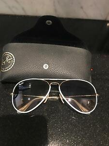 White raybans Pagewood Botany Bay Area Preview