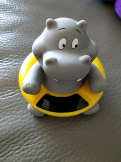 Hippo bath toy and thermometer