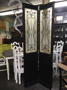 UNIQUE VINTAGE CLOSET DOORS WITH STAINED GLASS $150