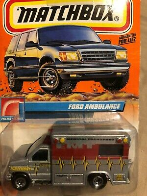 Matchbox - Ford Ambulance - Medical Transport
