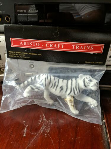 Aristo-Craft 66009 G Scale White Tiger Flocked New In Package - $10.99
