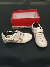 BRAND NEW GIRL'S SNEAKERS SIZE 2 O'Malley Woden Valley Preview
