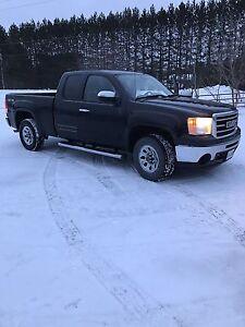 TRADE 2013 GMC Sierra 1500 Pickup Truck