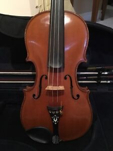 1940s German Made Yellow Brown Violin with Pearl Inlay