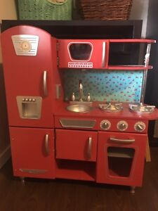Kidkraft Kitchen and SUPPLIES!