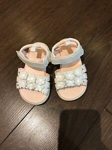 Size 5T Girls shoes
