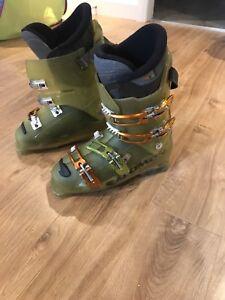 Botte de ski salomon 1080