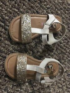 Size 5 infant/baby/toddler shoes Disney Princess
