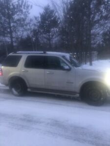 07 Ford Explorer 4.6 fully loaded