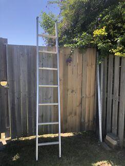 7 rung Step ladder