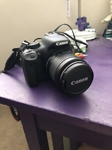 Canon EOS Rebel T2i camera w/ 18-55mm lens