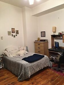 Beautiful studio apartment in the heart of downtown