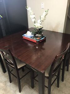 Dinning table set - expandable
