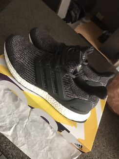 UTILITY BLACK ULTRA BOOST DS US12