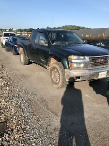 2005 GMC Canyon off road