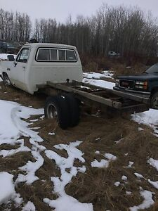 1982 d350 dually cab and chassis
