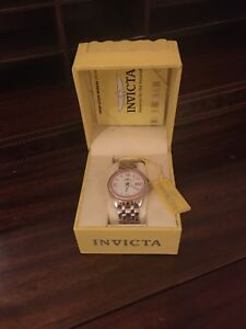 MENS INVICTA QUARTZ WATCH