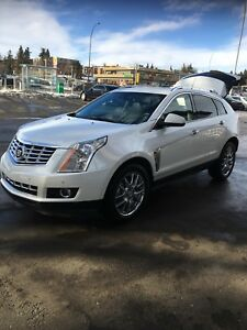 2014 Cadillac SRX Premium 17 mths full warranty + new tire pkg