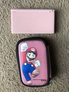 Nintendo DS + 8 games and case