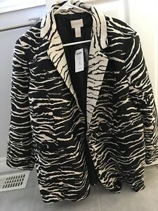 Bi-Colour Animal Jacket