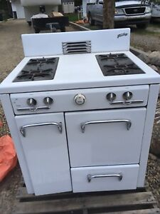 Gas stove oldy