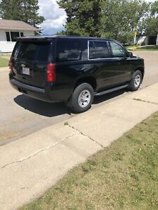 2015 CHEV TAHOE LS AWD....LIKE NEW CONDITION AND VERY CLEAN!!!