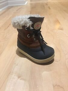 Bottes d'hiver Olang taille 21-22 (5)