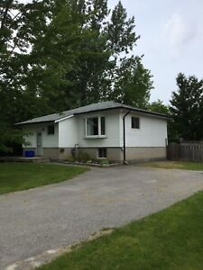 4 bedroom 2 bathroom home for rent in South Keswick