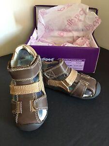 NEW pediped brown sandal size EU 22/US 6