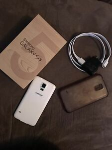 Samsung Galaxy S5 White (2 for sale)