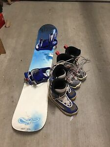 Snowboard, bindings and x2 boots - $15 !!!!