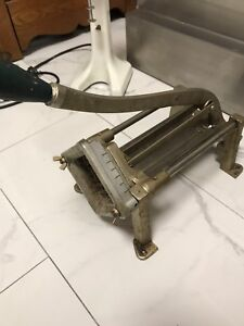 Commercial fry cutter