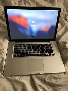 "15"" MacBook Pro (Intel Core i7, 750GB HDD, AMD Graphics)"