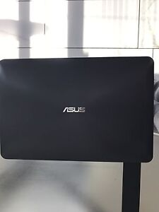 Asus laptop Intel i5 12GB ram 256GB SSD