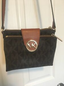Michael Kors Purse (Pending Pickup)