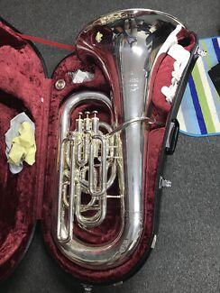 Yamaha Eeb Tuba Maestro (professional)