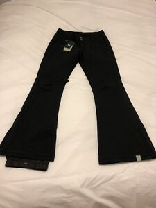 Women's Roxy snowpants Brand new with tags