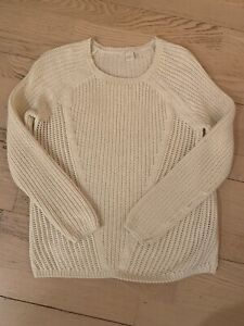 ebb28d833148 Queens Sweater   Kijiji in Ontario. - Buy, Sell & Save with Canada's ...