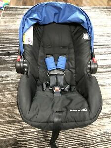 Graco Infant car seat with stroller.