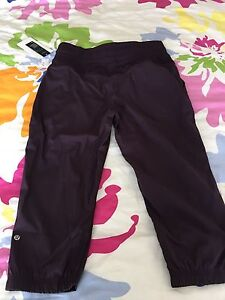 Lululemon studio crop bnwt