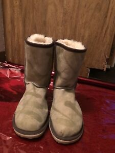 Brand new Skiniks  boots size 7,7,5