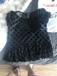 NICE CLOTHES & accessories FOR SALE