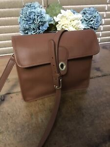 Authentic coach cross body purse.