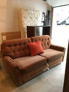 FREE SIMMONS SOFA BED