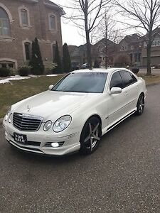 2009 MERCEDES E300 4MATIC SHARP LOOKING