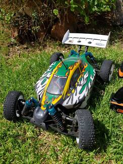 """""""Urgent Sale"""" Rc Buggy 1/8th Brushless w/lipo"""