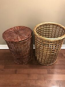 Set of laundry hampers
