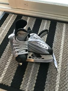 Kids hockey skates youth 8