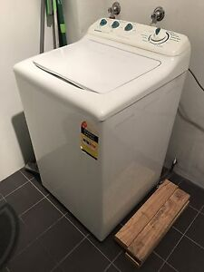 FREE Simpson washing machine Naremburn Willoughby Area Preview